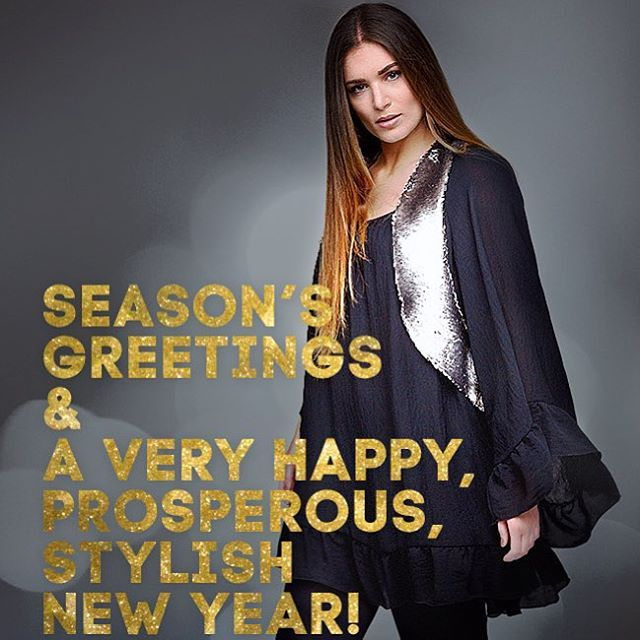 Season's Greetings and a very Happy, Prosperous, Stylish New Year! ✨ #matfashion #matxmas #wishes #Christmas #NewYear #realsize #fashion