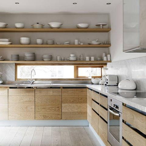 Love this beautiful kitchen for sale by @teamskimakleri New blogpost ➡️ Trendenser.se #kitcheninspo #köksinspiration #hemnet #lidingö