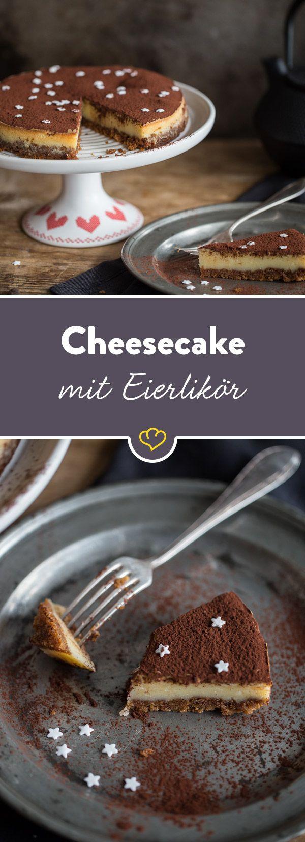 Cremig, sahnig, süß - Eierlikör und amerikanischer Käsekuchen machen gemeinsame Sache und verbinden sich zu einer kleinen Sensation auf deiner Kaffeetafel.
