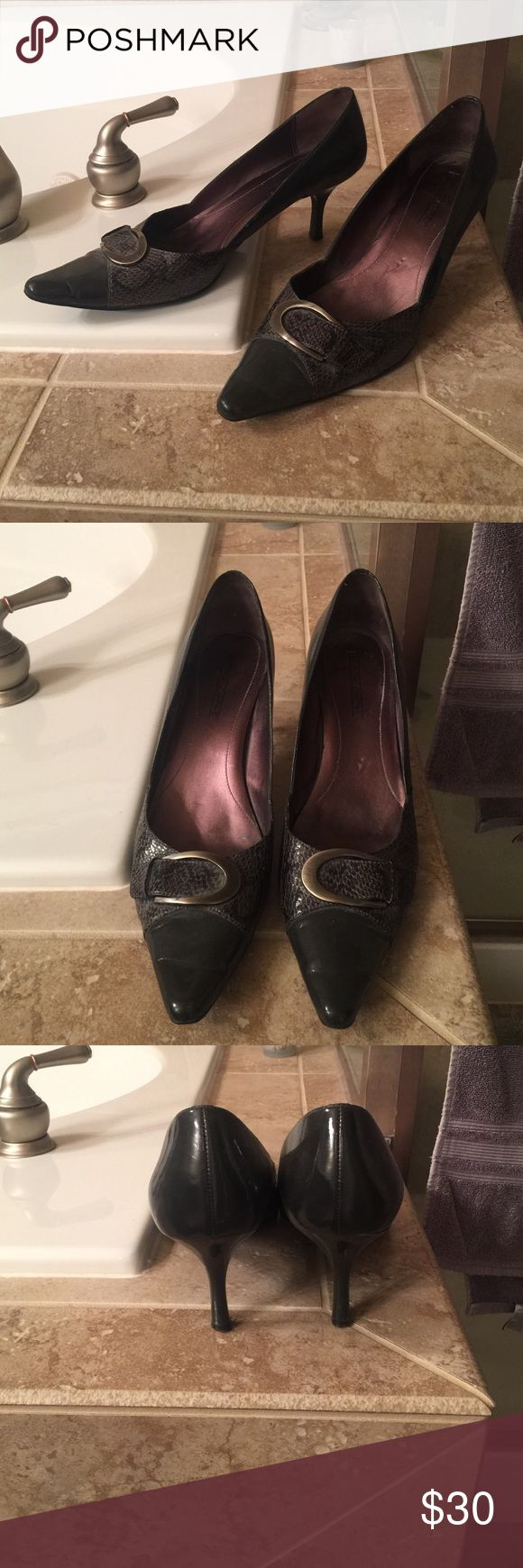 Circa Joan David Heels Circa Joan David gray Heels. Size 11, 2 and 1/2 heel.  Good condition with slight scratch on left heel.  Barely noticeable.  Very comfortable! Joan & David Shoes Heels