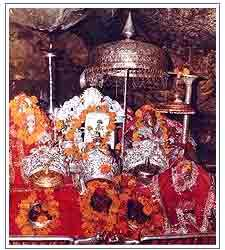 Mata Vaishno Devi: How To Reach, Attractions, Bookings Facilities
