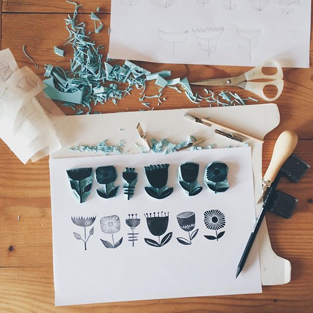 Stamp carving , stempel , sellos , pic by mirelei on instagram