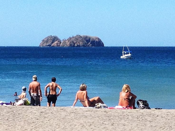 Sol, mar y playa... Playa Hermosa, Guanacaste, Costa Rica.