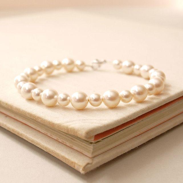 Bliss Pearl Bracelet - Ivory Pearl Sterling Silver Wedding Bracelet £30.00