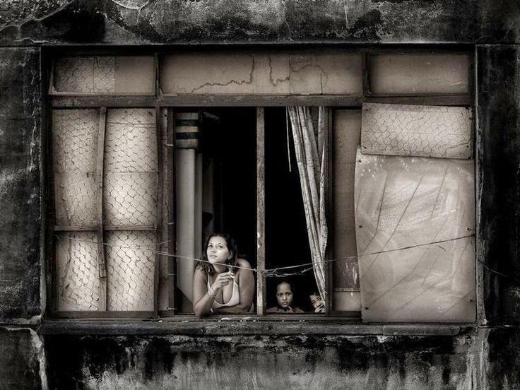 berühmte Schwarz-Weiß-Fotografien – Suche mit Google