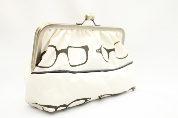 Pochette + mirroir $35