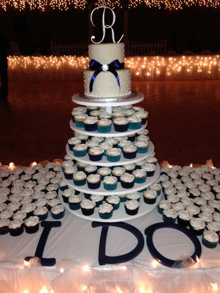 Wedding Cake Cupcake tower -