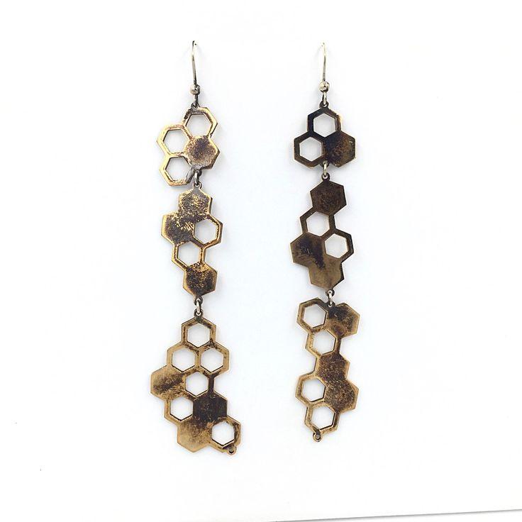 Un preferito personale dal mio negozio Etsy https://www.etsy.com/it/listing/489092032/hive-earrings