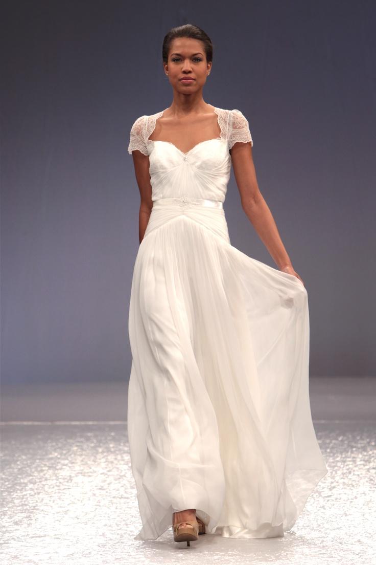 Lea-Ann Belter #Bridal Meredith    Photographer: Robert Mitra