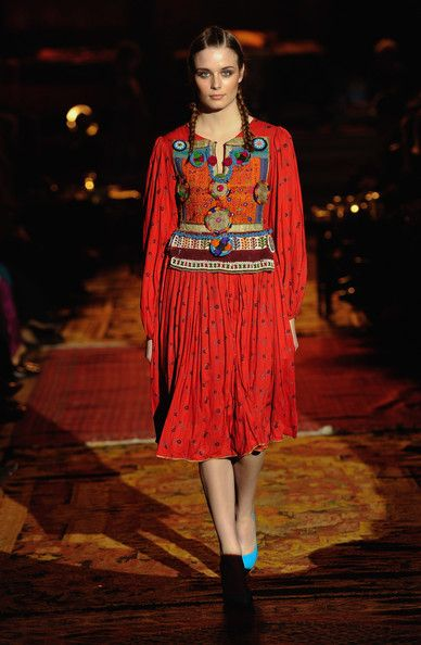 Afghan Fashion Show 2010 - Pictures - Zimbio