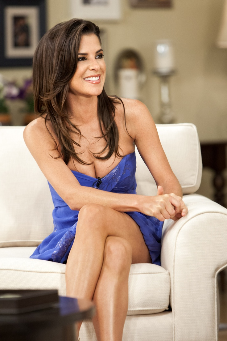 "She was the first-ever Champion on ""Dancing With The Stars"", and now, ""General Hospital's"" Kelly Monaco sits down with fellow DWTS alum Marie Osmond, to talk about the grueling 10-week dancing crash course!"