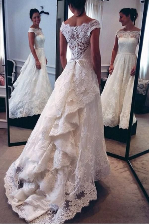7 Bridal Fashion Trends and What Venue They Look Best In (2021-2022) 6