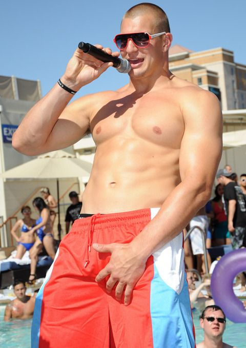 Rob Gronkowski is certainly on MY summer must-have list... #Patriots
