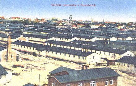 Pardubice Military Hospital. Válečná nemocnice Pardubice, lůžkové pavilony
