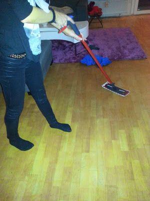 Mihaela Testfamily: Vileda 1-2 Spray Bodenwischer im Test - ich habe plötzlich viel mehr Zeit!  http://www.mihaela-testfamily.de  #vileda #12Spray #bodenwischer #haushalt #mihaelatestfamily #bodenpflege