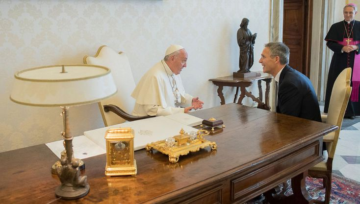 NATO Secretary General Jens Stoltenberg was received in private audience by His Holiness Pope Francis at the Vatican on Thursday (13 October 2016).