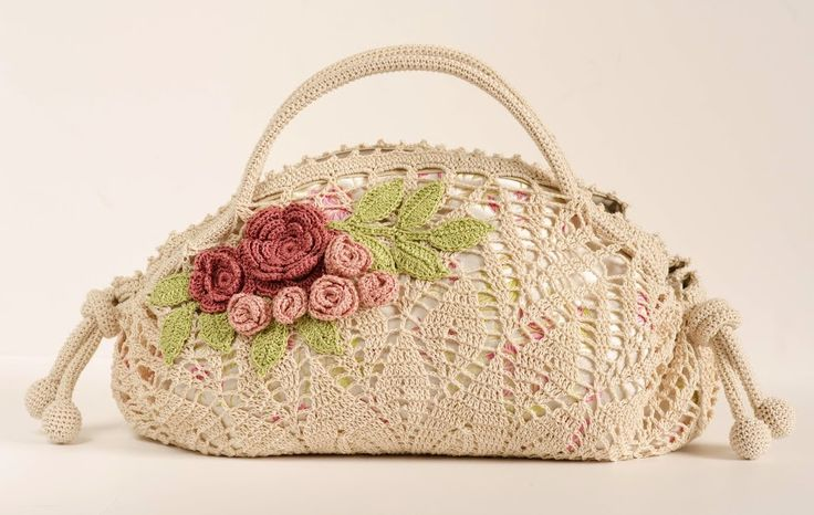 Outstanding Crochet: Romantic doily Bag with roses. Pattern.