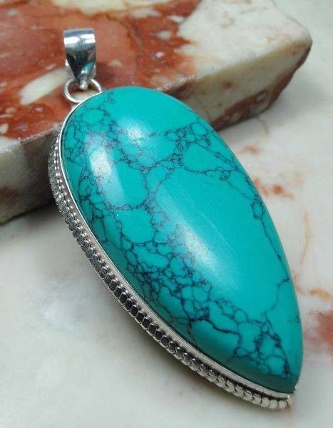 LARGE TURQUOISE 925 SILVER LOOP PENDANT