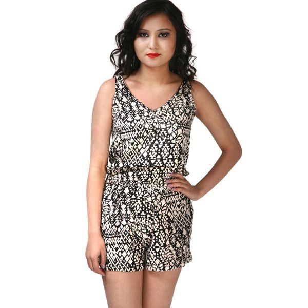 Send birthday gifts to your girlfriend in India from our online store at Tajonline.com. For more information click here: http://www.tajonline.com/gifts-to-india/gifts-ASO279.html