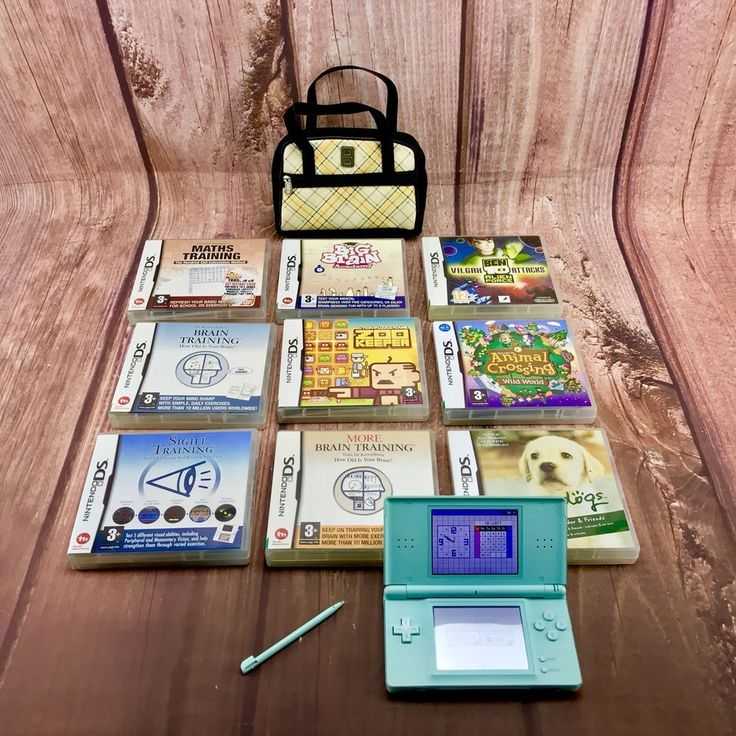 Nintendo Ds lite Bundle 9 Games great Console Great Bag Case No Marks On Screens