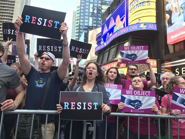 Times Square Flooded With People Protesting Donald Trump's 'Disgraceful' Transgender Military Service Ban | HuffPost