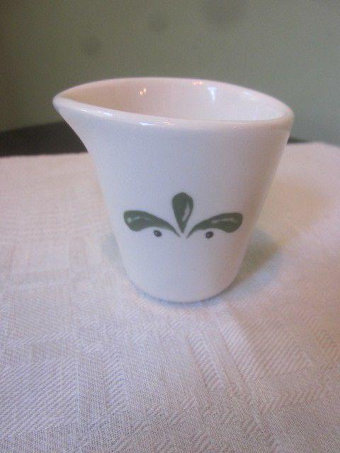 Olive Garden Restaurant Ware Buffalo China Creamer Green U0026 White
