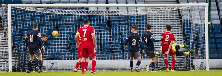 Queen's Park's Anton Brady clears the danger during the SPFL League One game between Queen's Park and Albion Rovers