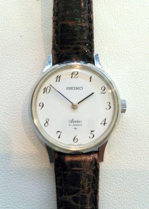 ★DK様/セイコー - ソシエ ☆会社から勤続記念でいただいた手巻きの時計です。もう25年以上前になります。月日が経つのは早いものですね。今でもしっかり動いています!  〝人生の節目に腕時計を〟
