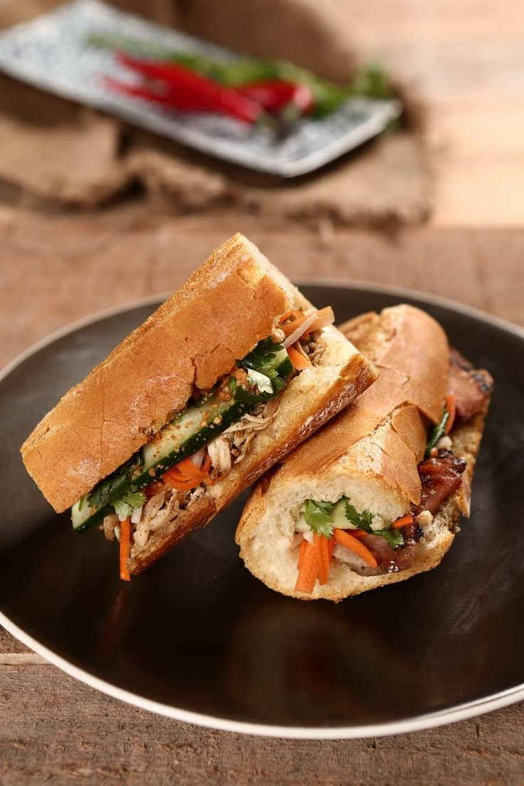 #BanhMi with choices of Pork, beef, chicken #H5 #howdyhelloholaheyho #opcoindonesia #food https://www.facebook.com/H5OPCO