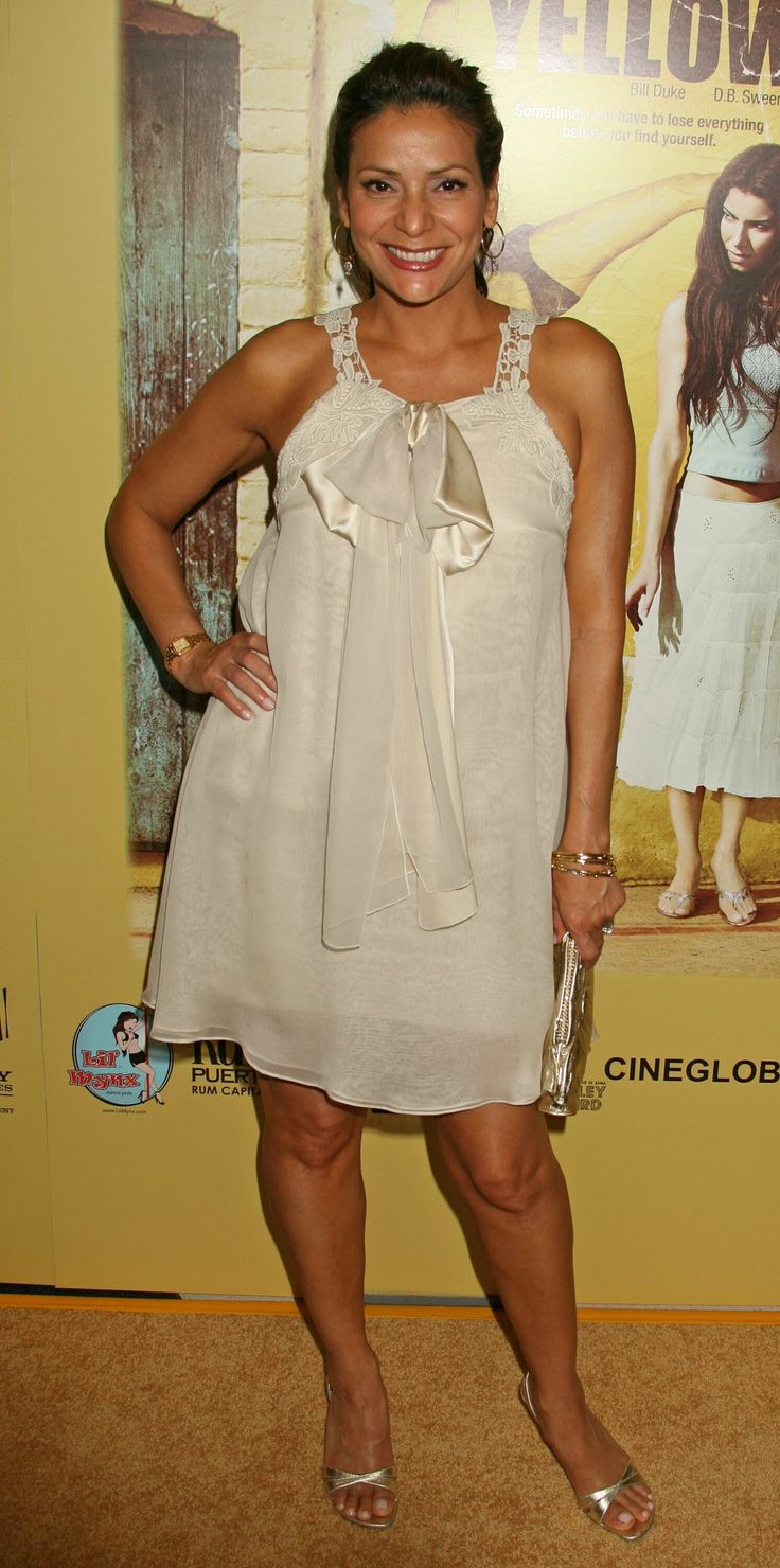 Constance Marie 2007-06-19 Yellow Premiere