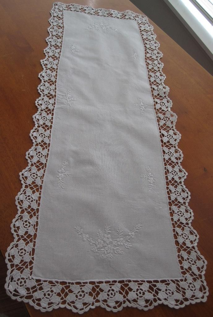 Vintage Linen / Crochet Table Runner in Antiques, Textiles, Linens, Lace, Crochet, Doilies | eBay SELLER ID: kathy_a1
