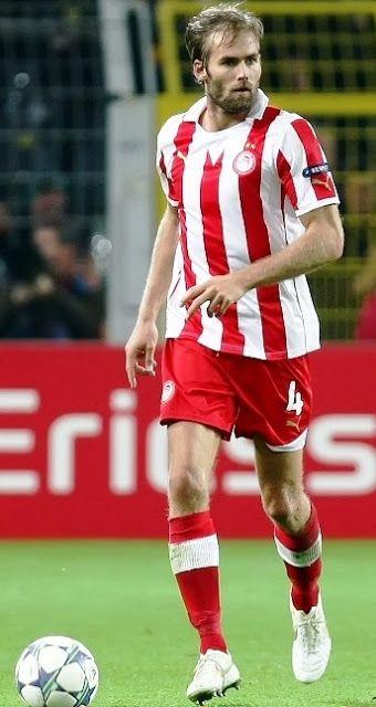 Mellberg Olof Erik. Amneharad, Gullspang. Sweden. (1977).Κεντρικός & δεξιός μπακ. Από το 2009-2012. (71 συμμετοχές 7 goals).