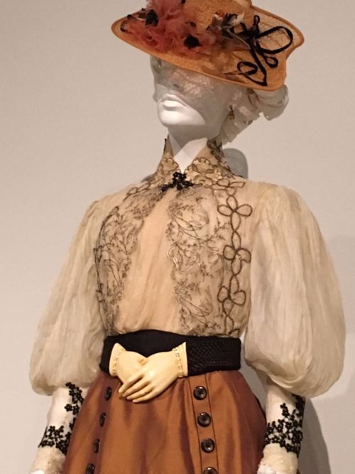 One of Edith's costumes from Crimson Peak, with elements of Victorian mourning traditions--Oh boy, that belt!
