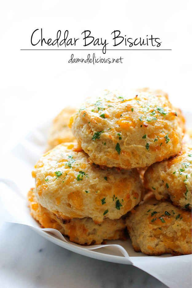 30 Copycat Recipes from Your Favorite Chain Restaurants (CHEDDAR BAY BISCUITS)