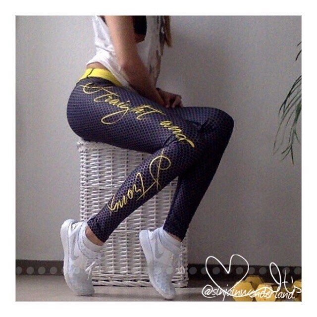 #nike #white #whiteaddiction #juvenate #sneakerlove #sneaker #straightandstrong #activewear #sporttights
