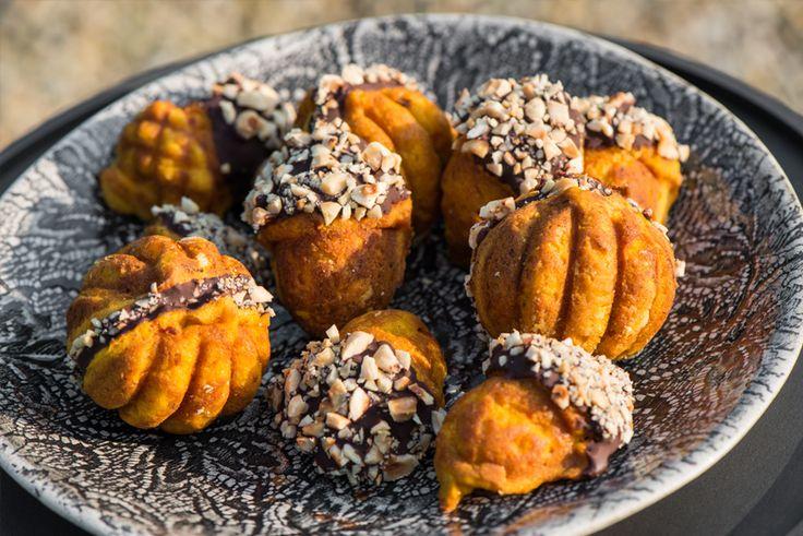 herfst pompoencakejes met chocolade en hazelnoten www.eet-puur.nl