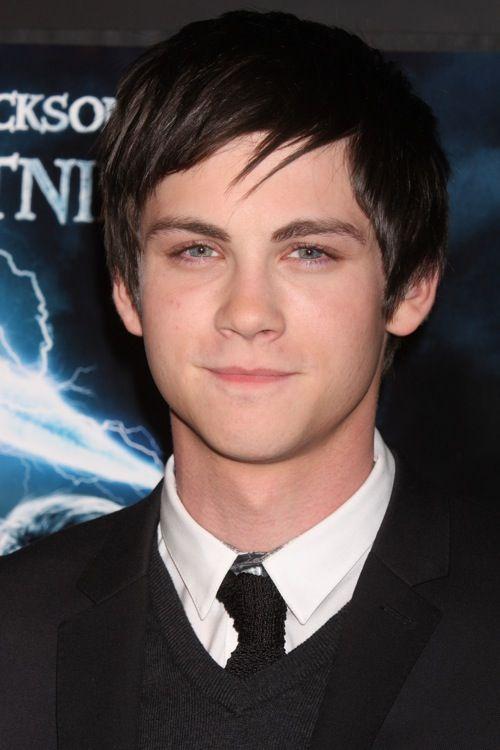 Boy Magia: Logan Lerman | Logan lerman, Percy jackson ...Hunter Parrish And Logan Lerman