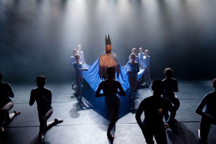 Il laboratorio è aperto alle giovani allieve delle scuole di danza, tra gli 11 e i 16 anni, che danzeranno insieme al coreografo Taneli Törmä al Teatro