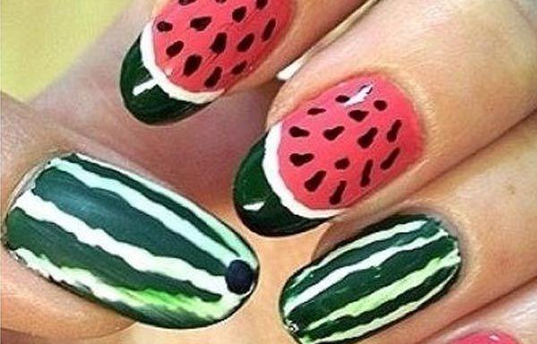 Diseños de uñas de sandía, diseños de uñas de sandía. Clic Follow,  #decoraciondeuñas #nailart #uñasfinas
