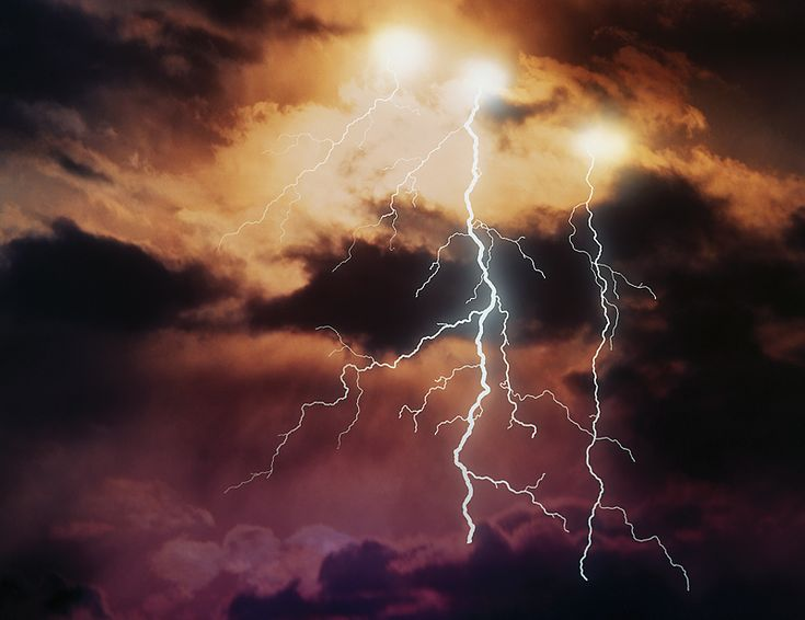 What is thunder? How do thunderstorms form? Can we predict thunder? Enjoy thunderstorm facts and lore.