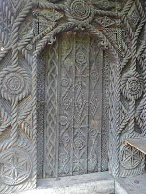 Travels in Maramures: Wood carvings and general scenes in Maramures