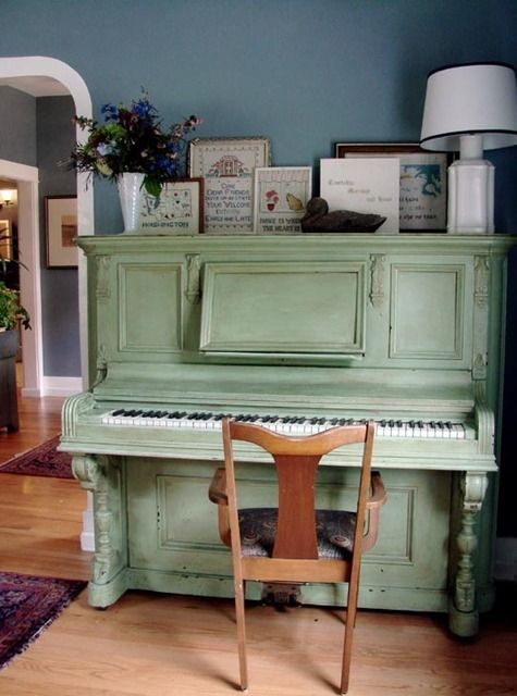 i seriously need that piano.: House Tours, Green Piano, Antiquarian Hideaway, Green Decoration House, The Piano, Apartment Therapy, Wall Color, Paintings Piano, Old Piano