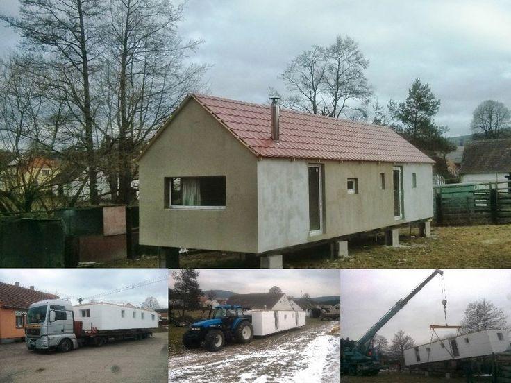 Přeprava a práce na celoročním mobilním domě se sedlovou střechou 40 stupňů. Více fotografií jak přepravujeme mobilní domy naleznete na www.mobilnidum.eu.