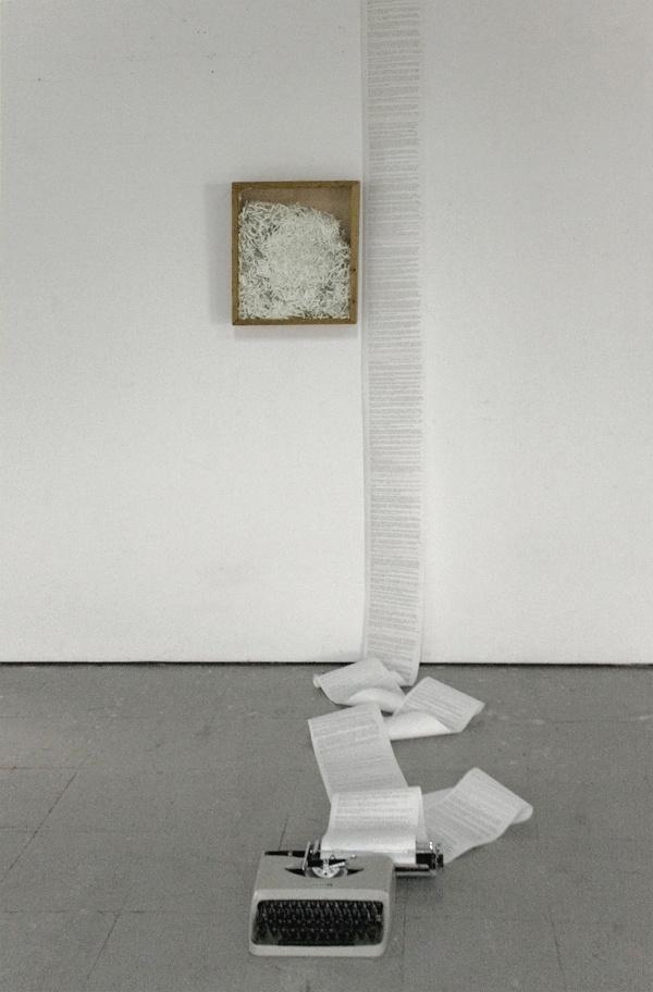 Marla Jacarilla´s installation Notas al pie de Dublinesca (2012)