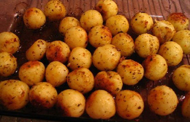 This Portuguese parisienne potatoes recipe creates the incredible tasting potatoes we love so much but usually buy them already made.
