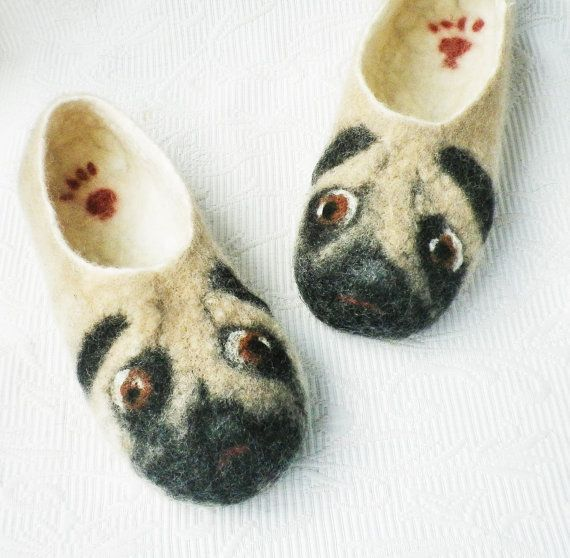 Pug Dog Felted Slippers Size 6-11(36-42 )Pug gifts Fiber Art Handmade slippers from Norwegian sheep wool with soles Pugs slippers  Handmade (felted) slippers from Norwegian sheep wool Pelsau- (a crossing of grey Norwegian Spelsau and Swedish Gotland sheep) Wool is warming, water repellent, self-cleaning, has an antibacterial effect. Thick filt soles slip not. ( I do not use glue, sole is sewn on slippers)  Slippers are soft, lightweight, warm..  I make slippers in different sizes from…