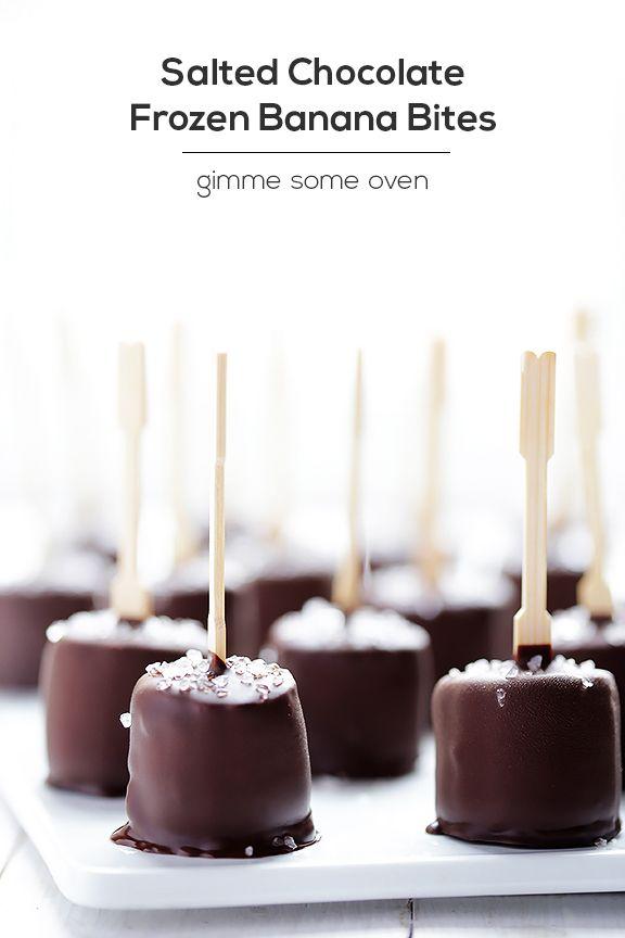 Salted Chocolate Frozen Banana Bites | gimmesomeoven.com