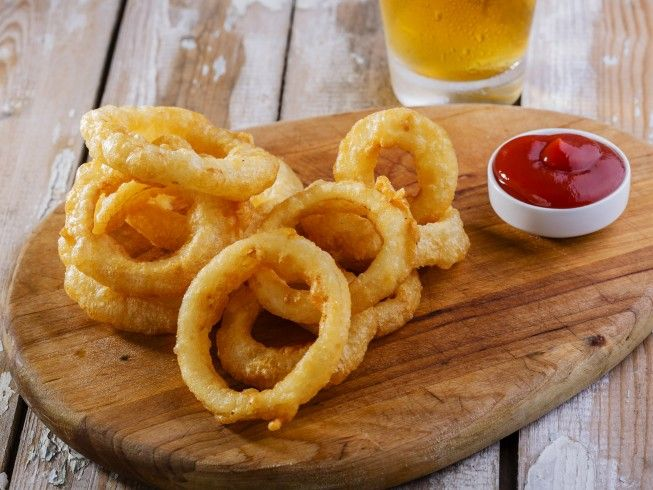 Made with tempura batter mix, onion powder, black pepper, water, beer, white onion, vegetable oil | CDKitchen.com