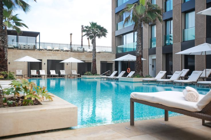 Piscinas del Hotel Four Seasons Casablanca - Hidroingenia
