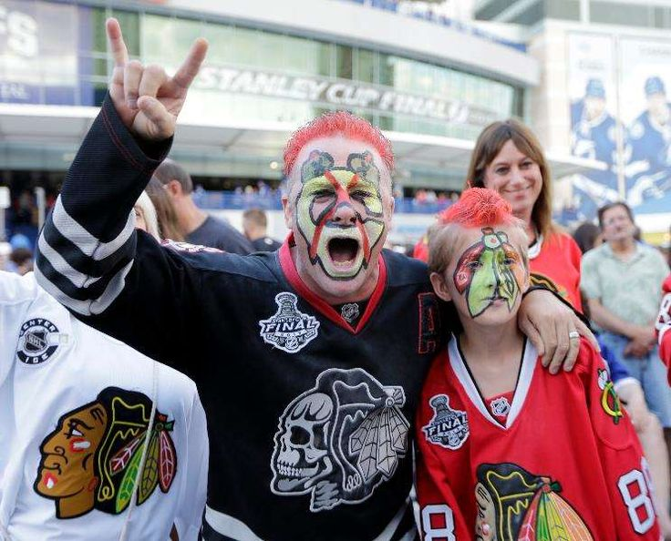 The NHL's Best Fans:     No. 1 Chicago Blackhawks Per Scarborough research, the Blackhawks have had 446% fan increase from 2007‐2016, including a 600% increase in the female fan base. Now 3.6 million people ﴾49% of Chicago﴿ self‐describe as fans of the team. The United Center is on a 385 and counting consecutive sellout streak since March 2008. Season ticket renewals are at 99.8% and the team has a waiting list full to capacity at 20,000.  More...